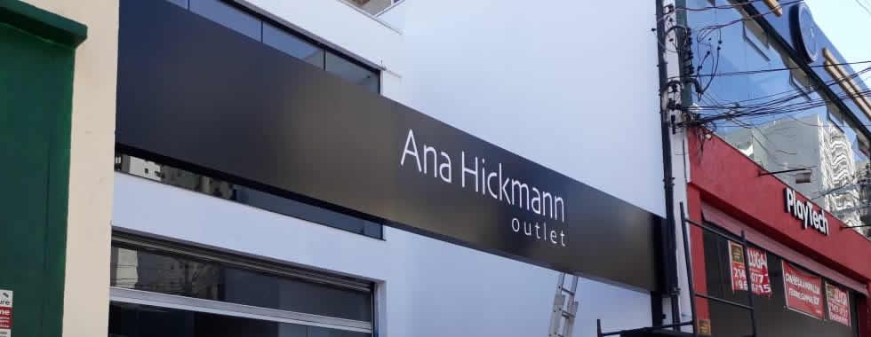 Fachada ACM Vazada com Iluminação Interna - Ana Hickman