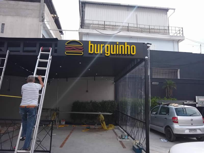 Fachada com Letras Caixa - Burguinho